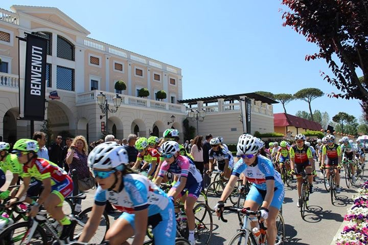 FASHION AND SPORT: THE PINK CYCLICAL ROUTE OF THE CAMPANIA IN THE ...